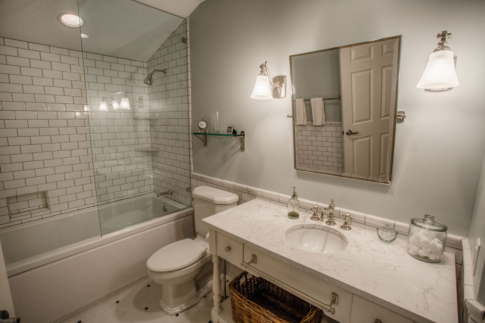 What you should know before remodeling your bathroom for Bath remodel lafayette la